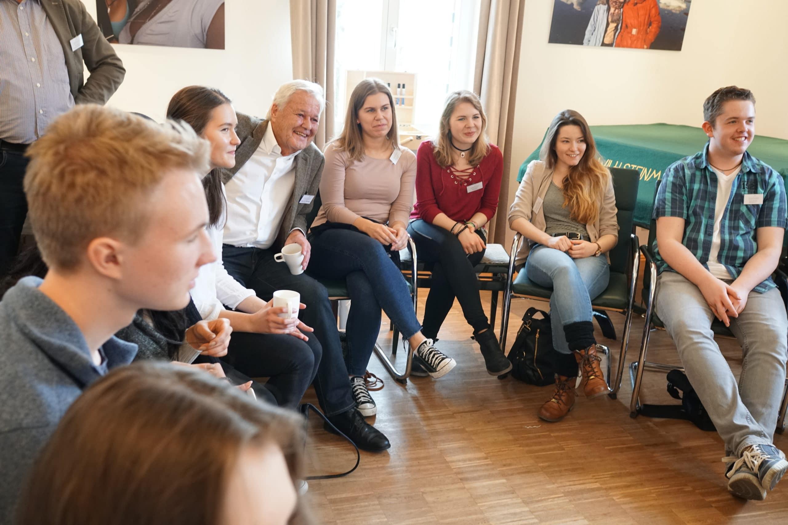 Junge Zukunftswerkstatt: Diskussion im Plenum