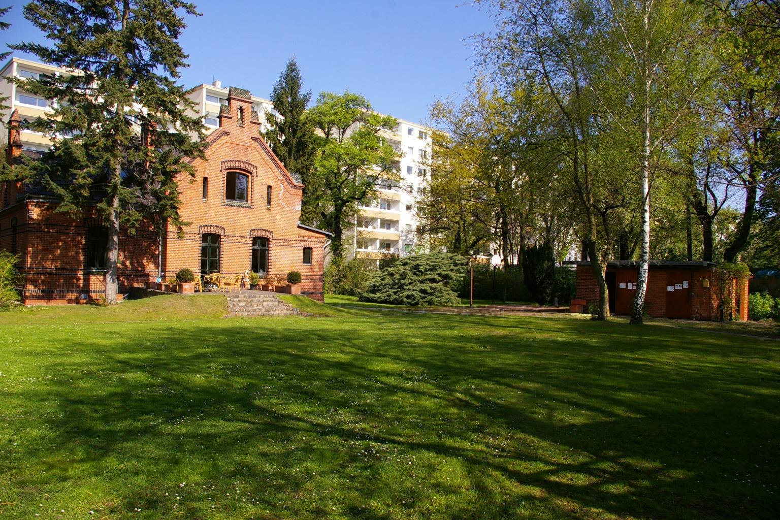 Stiftungsgarten mit Gartenhaus