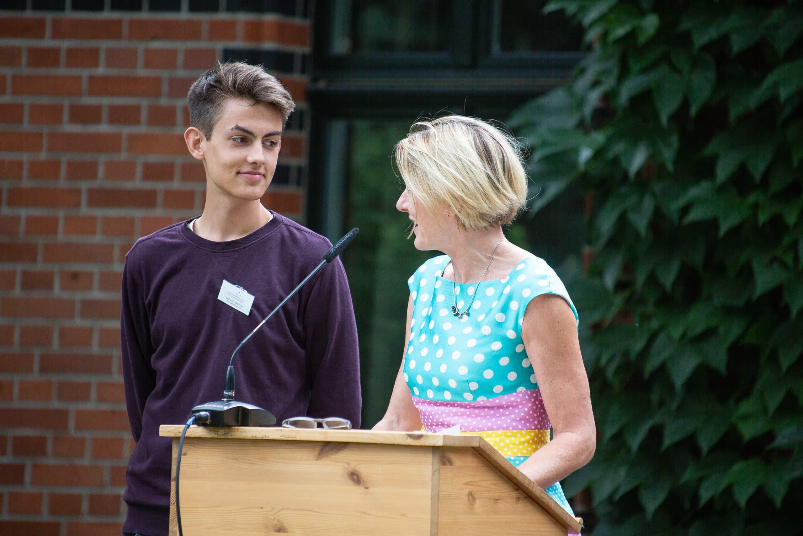 Kirsten Ackermann-Piëch mit ehemaligem Stipendiaten